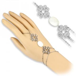 Chaine de main en laiton à coeurs stylisés et pièce de nacre