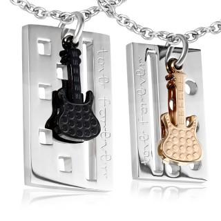 """Paire de pendentifs en acier avec plaque """"love forever"""" et guitare"""